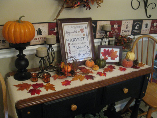 Fall Table and Mantle Decor